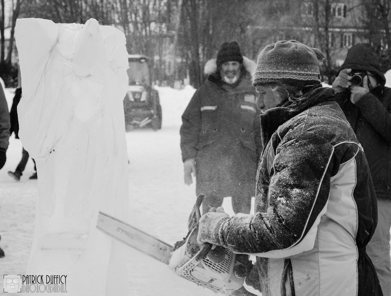 chainsaw-ice-sculpting_16487659475_o